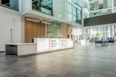 Business Management with Law (UWE Bristol - Lisans)