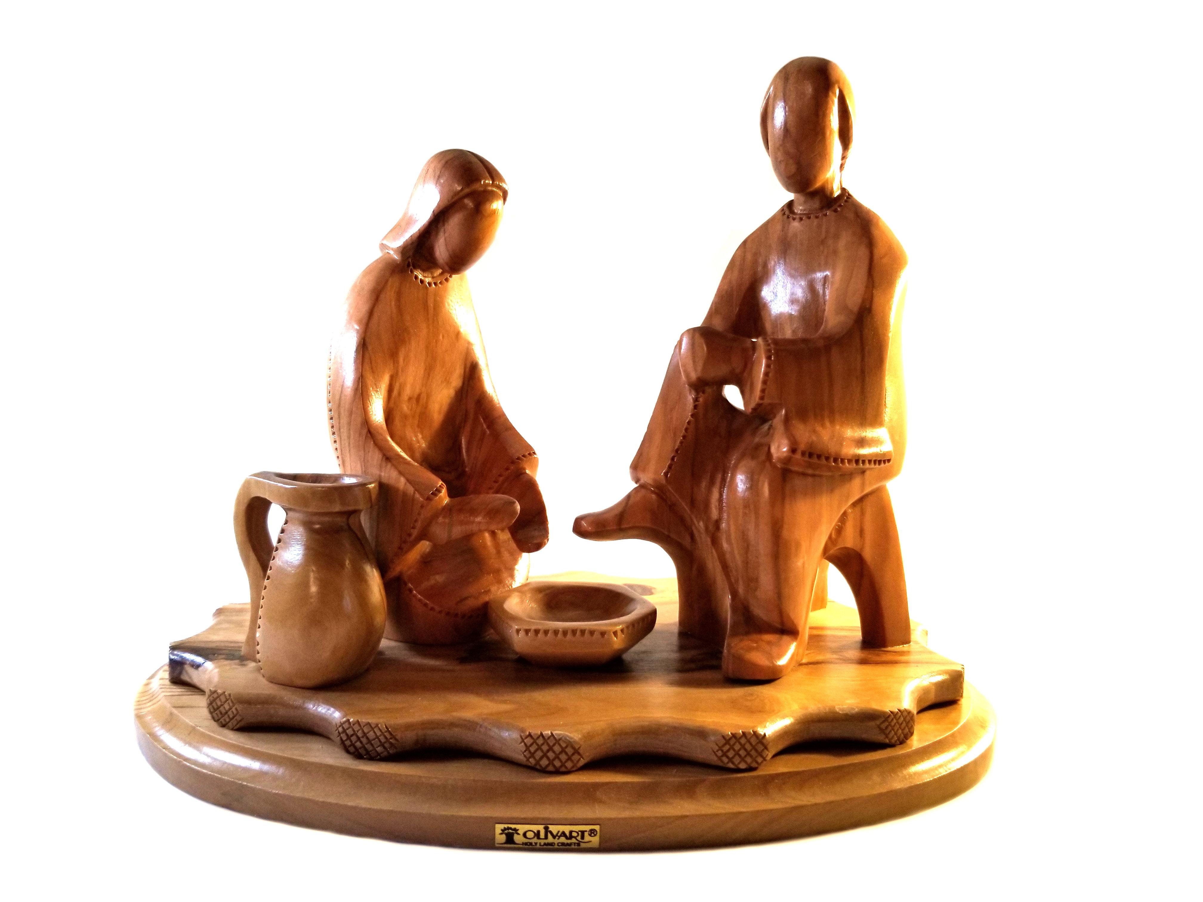Hand Carved Bethlehem Olive Wood Jesus Washing Disciples Feet 00056