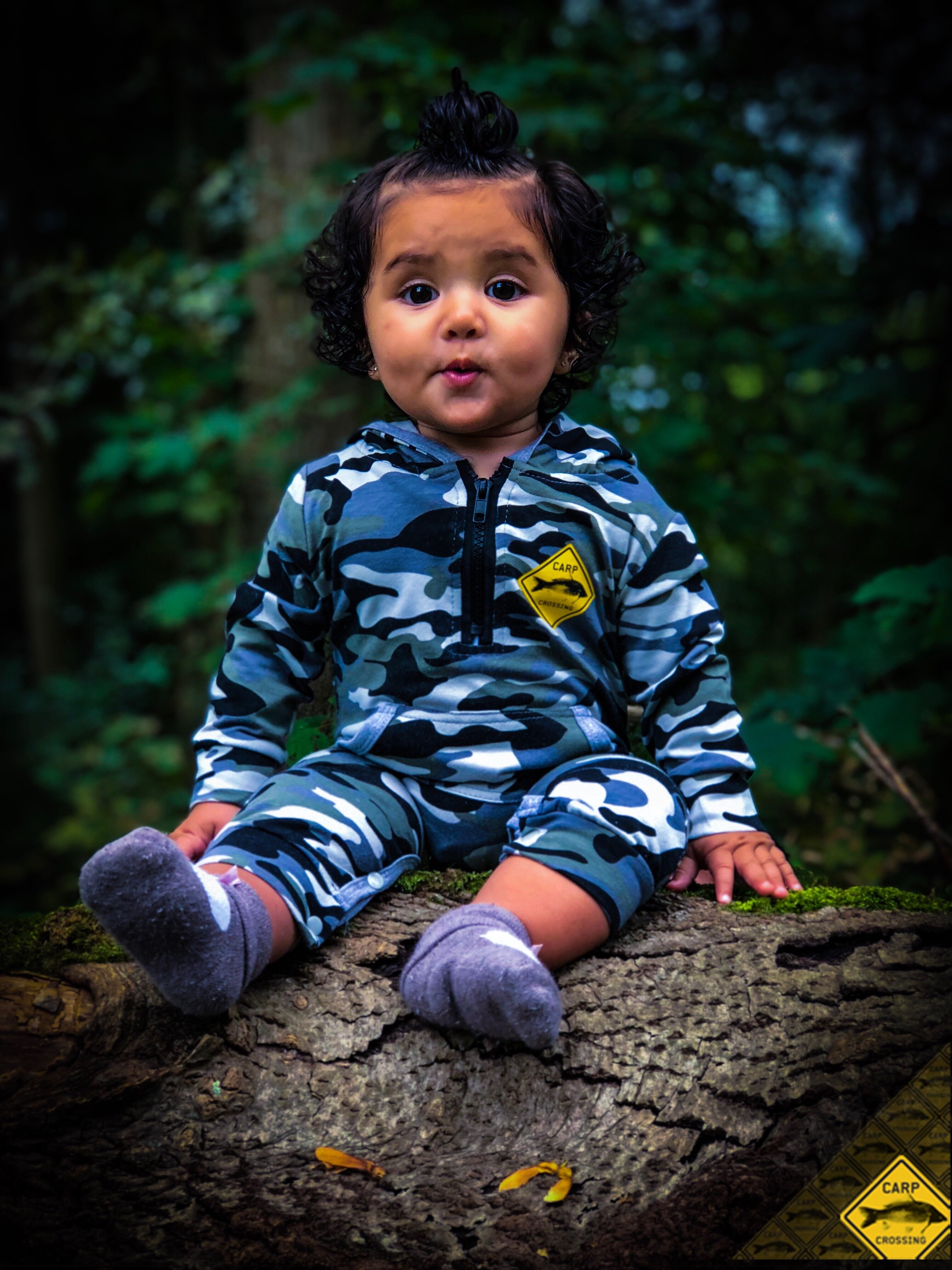 Carpcrossing baby & kids camo long sleeve Onesie 00023