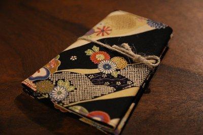 Original wristband kunoichi for women オリジナル手甲 小花 くノ一