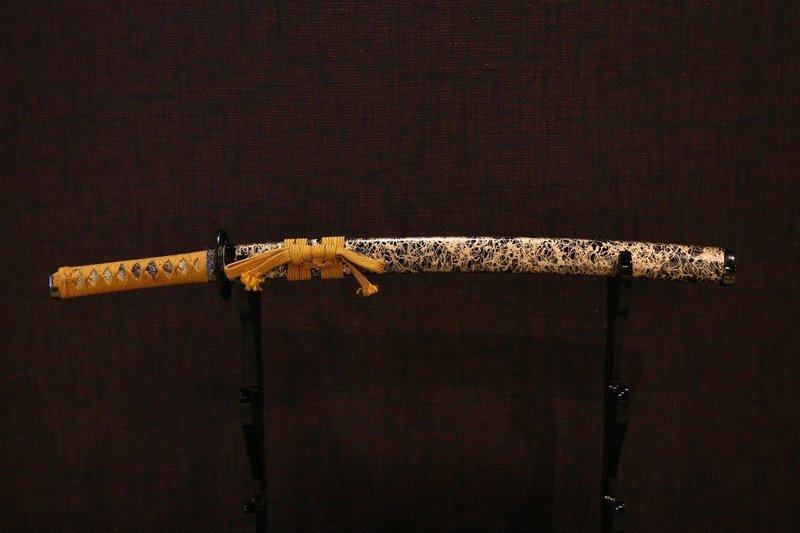 Sword(yellow): 刀 黄