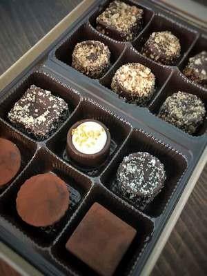 Chocolate Truffles - Dozen