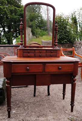 Late Victorian Dressing Table With Mirror And Drawers