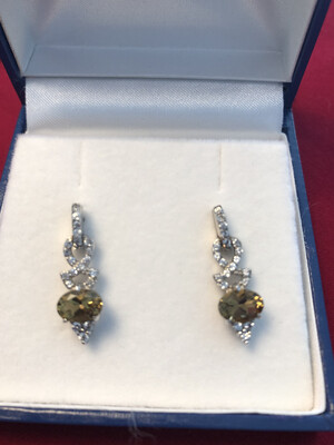 Champagne Quartz & Zirconia earrings set in Silver