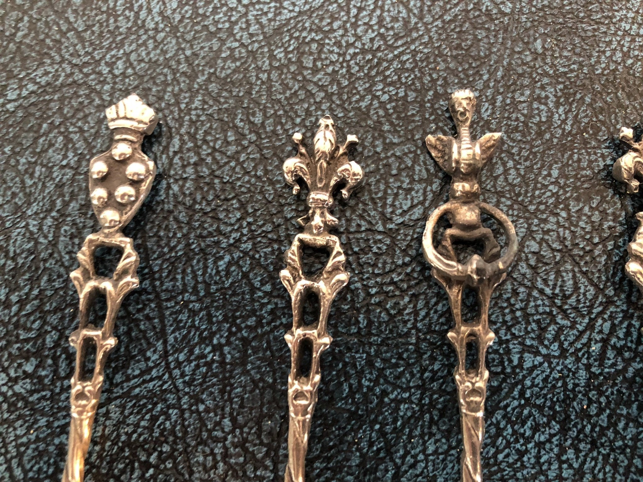 Silver Teaspoons - set of 6 - Lovely Designs