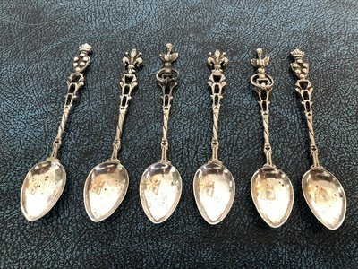 Silver Teaspoons - set of 6 - Lovely Designs
