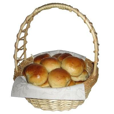 Gift basket with pirozhki 00018