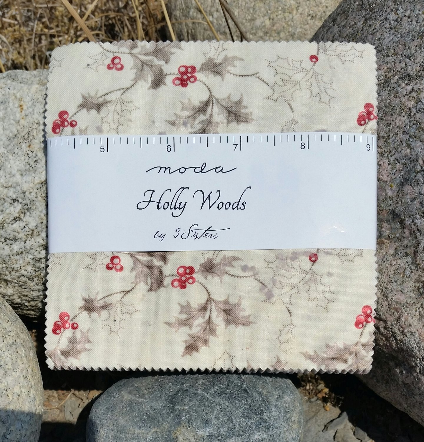 Holly Wood by 3 sister