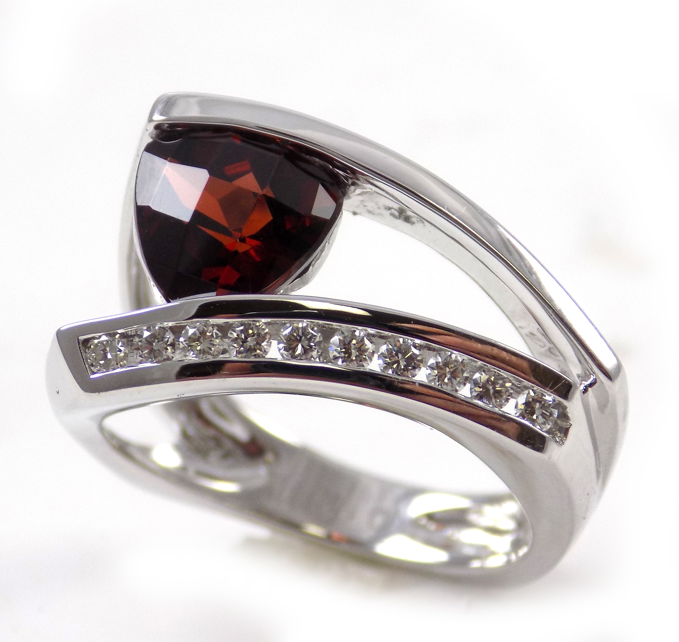 14K White Gold Garnet and Diamond Fashion Ring 200-01721