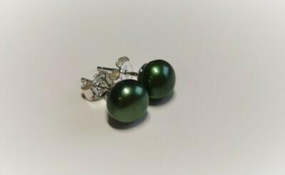 Zöld színű bogyós fülbevaló  - édesvízi igazgyöngy