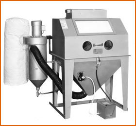 Master Model 42 x 24 Split Level with 300 CFM Abrasive Separator