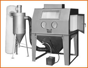 Master Model 48 x 48 Split Level with 600 CFM Abrasive Separator