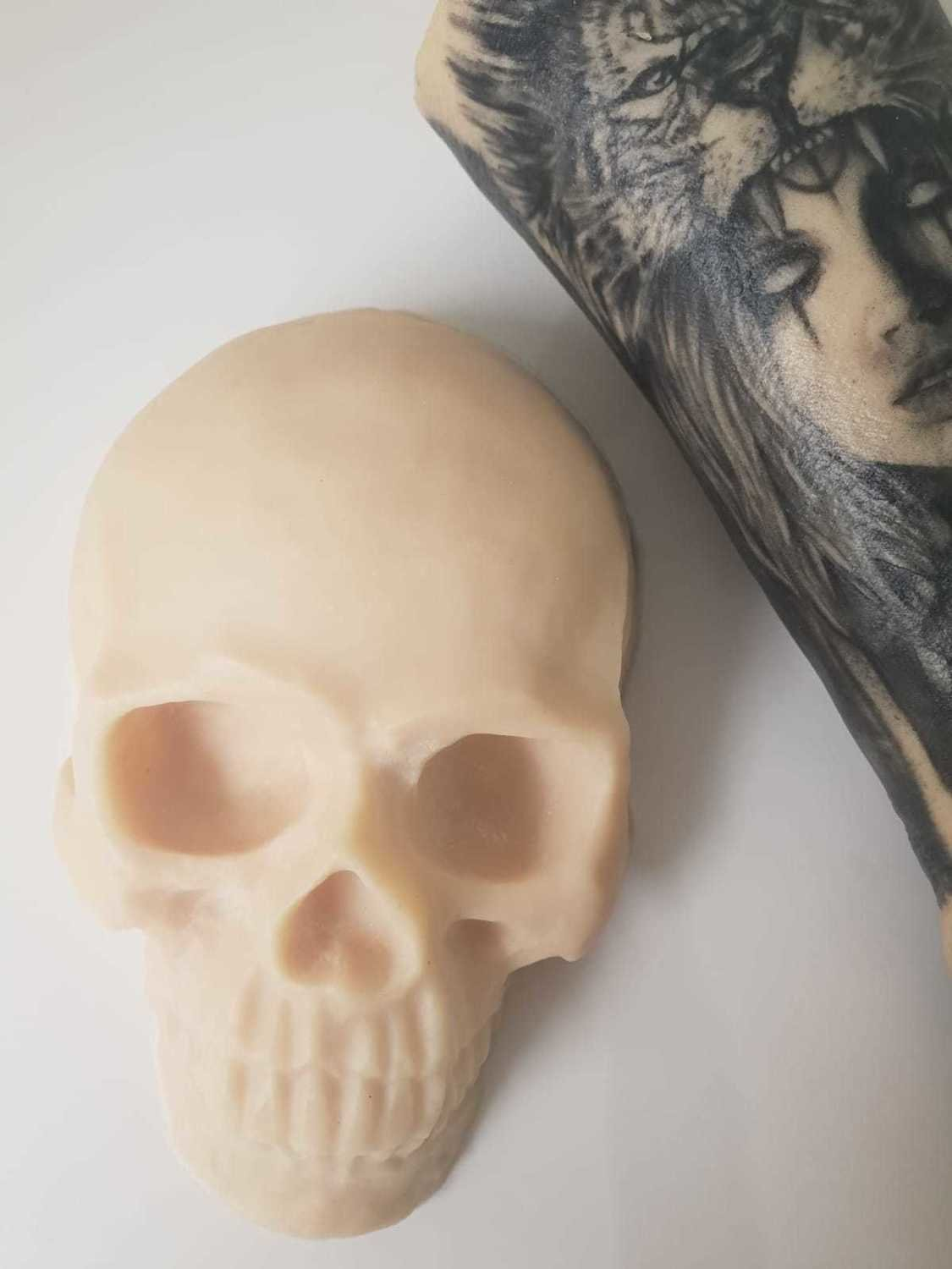 Reelskin tattooable skull  £39.99