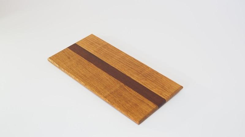 Tabla de presentación de alimentos de Roble y Massarandubla - Edge Grain Board