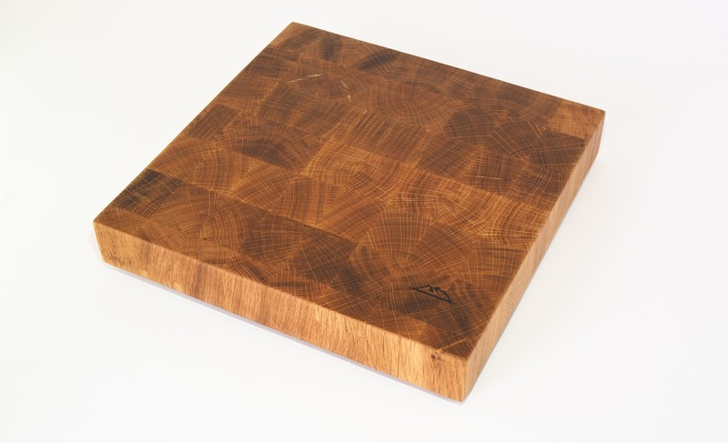 Tabla de Corte de madera de ROBLE  – End Grain Cutting Board