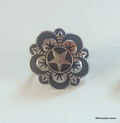 Rosettes:  Black Accent Floral Star