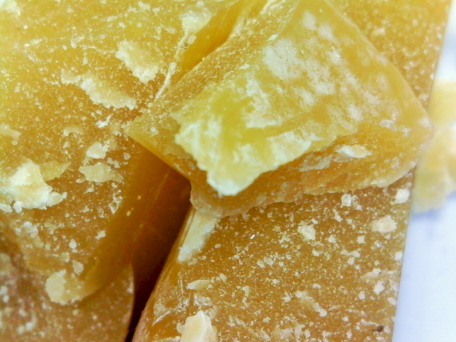 RAW BEESWAX UNFILTERED 1 pound