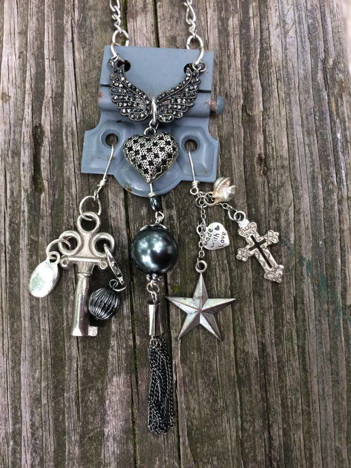 "12-""Funky-Junk"" Jewelry One Day Workshop - December 15, 2018 12151"