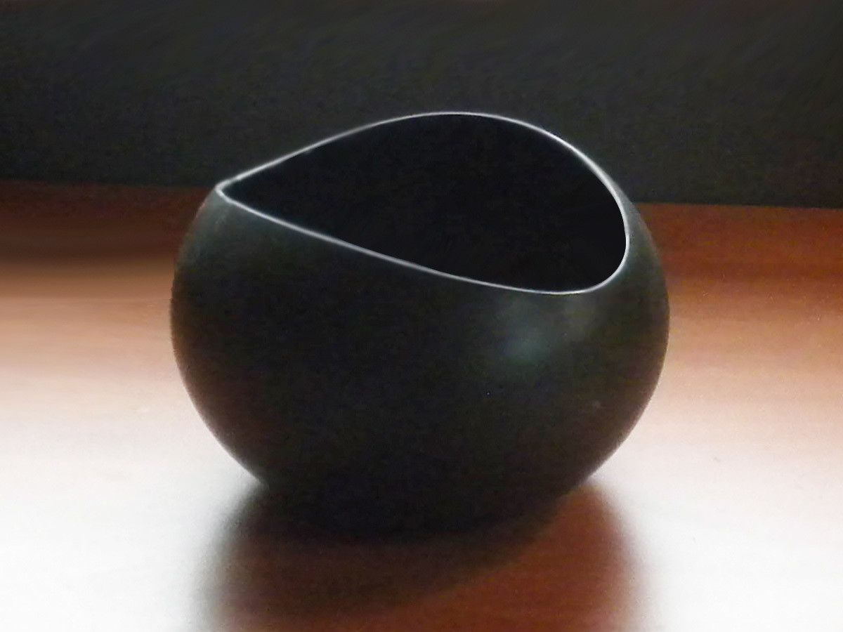 Vintage Medium Size Salad Bowl in Early Ebony Glaze