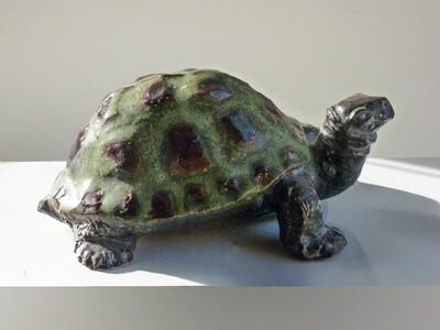 Tuttle Prototype Vintage, rare in matte green glaze