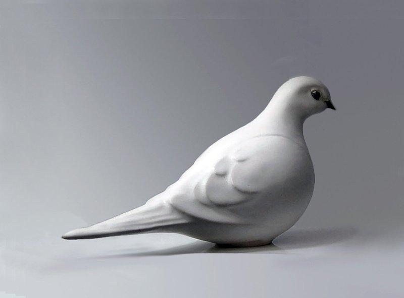 Dove Facing Right, Glazed in White