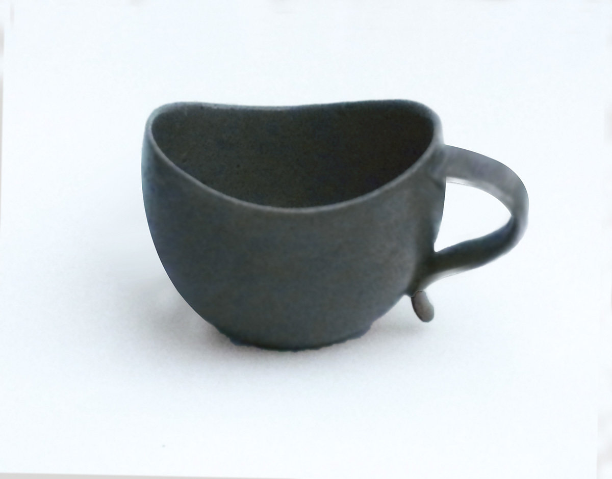 Curvy Lip Mug in Steal Gray