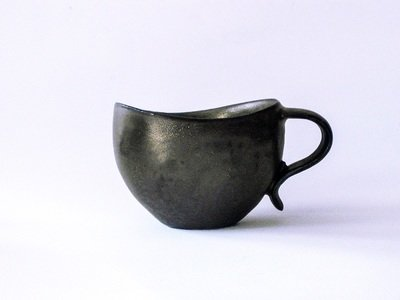 Curvy Lip Mug in Ebony