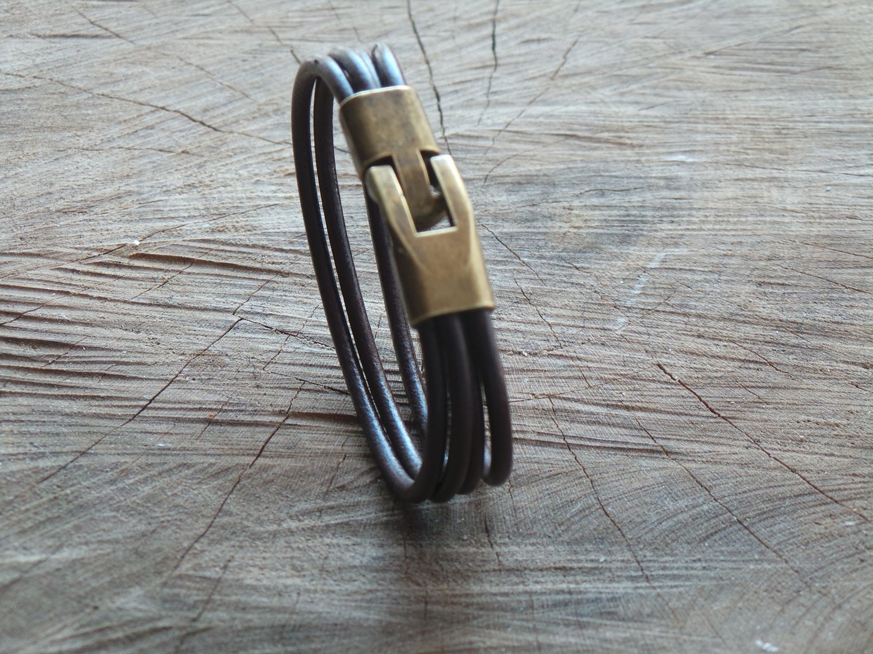 Bracelet en Cuir Rond 4 Brins Personnalisable avec Fermoir Vintage Finition Bronze
