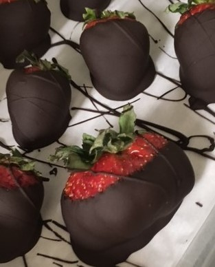 One Pound Chocolate Covered Strawberries