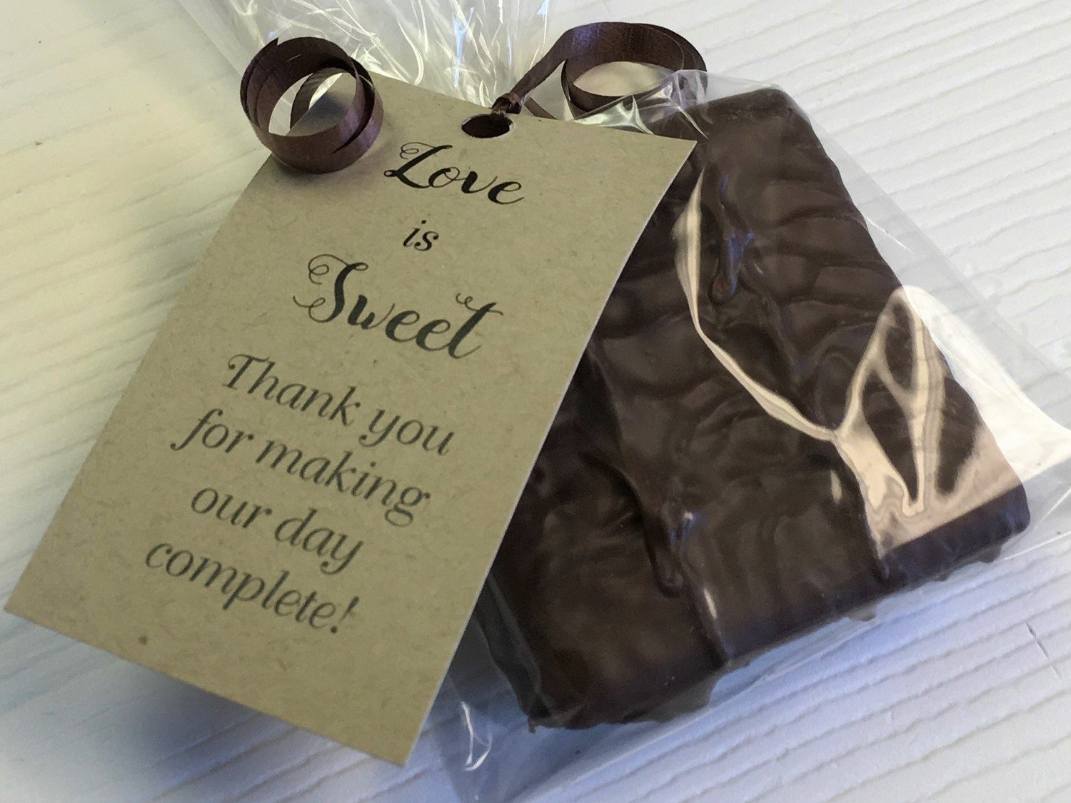 25 - Single Milk and/or Chocolate Coated Graham Cracker Favor with personalized tag (optional). 10 day pre orders over 50