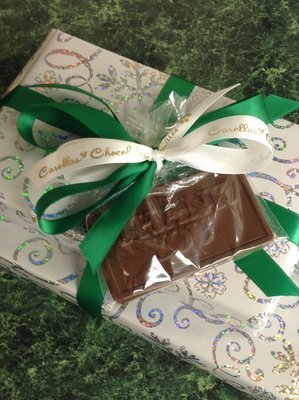 F - One Pound of Assorted Chocolates with Milk Chocolate Thank you bar Attached.