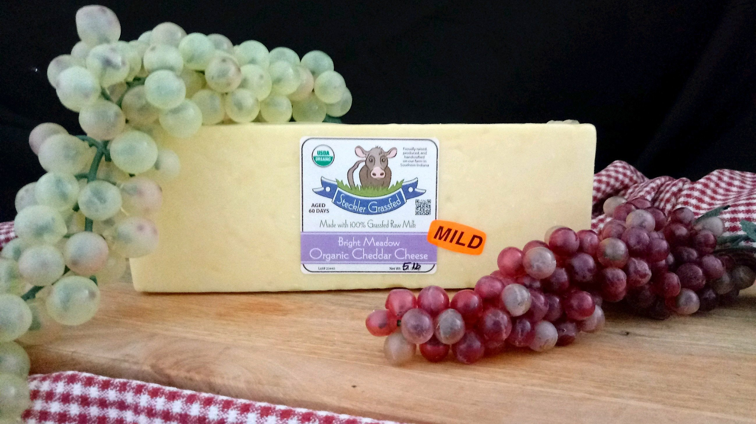 Bright Meadow Mild Cheddar Cheese