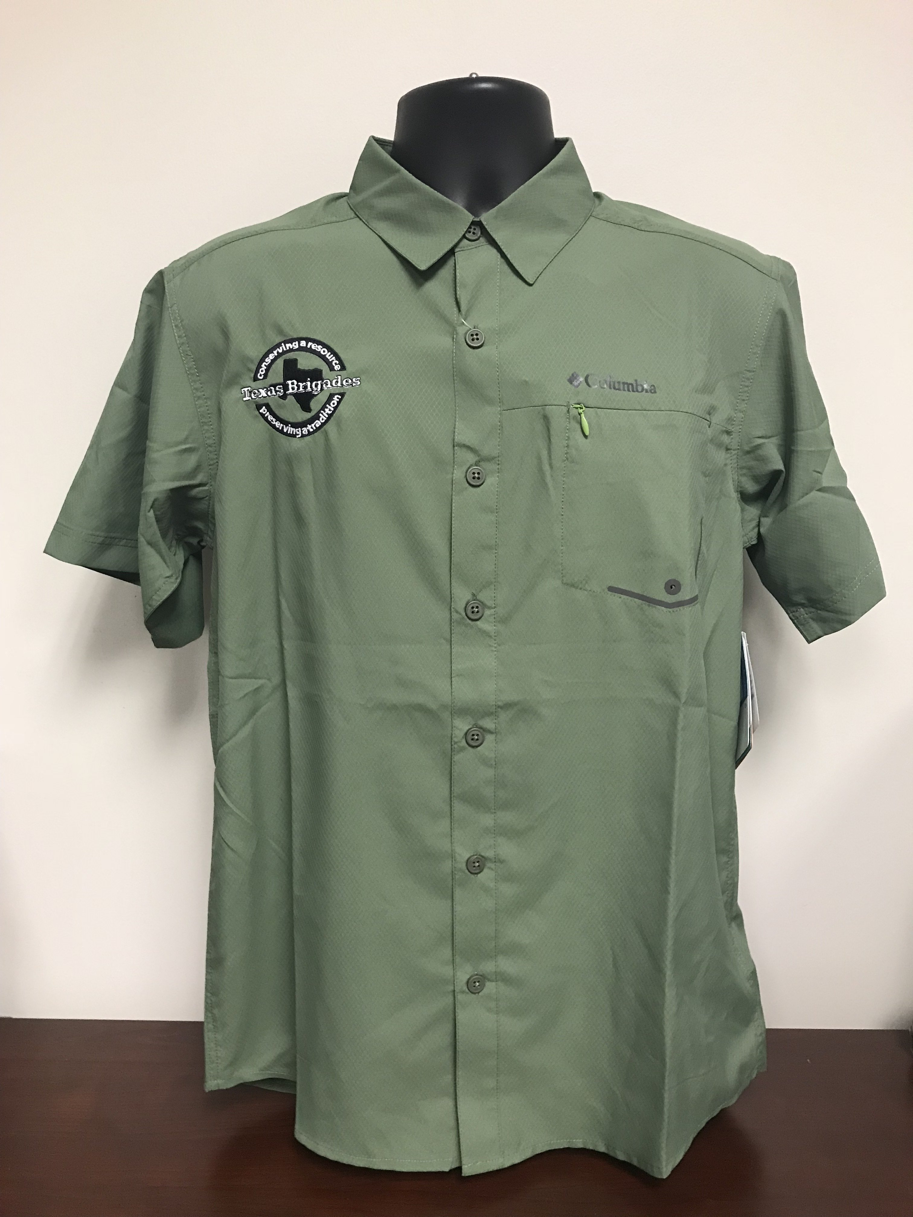 Men's Columbia Short Sleeve Shirt (LARGE) 00008
