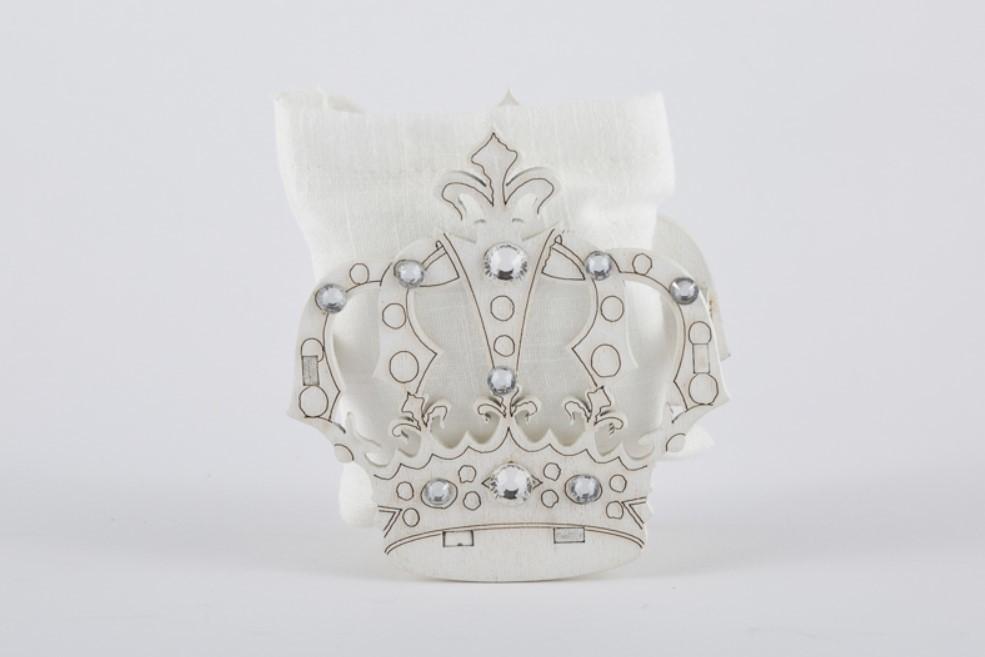 Bomboniera corona in legno principessa con sacchetto Pz. 12