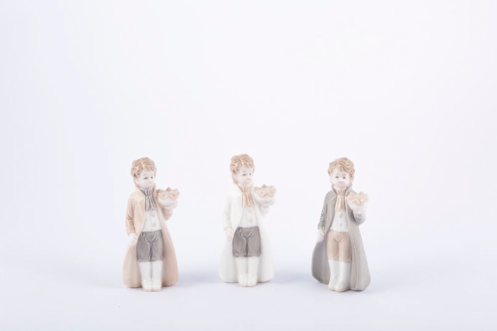 Bomboniera in porcellana principe Pz. 6