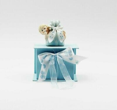 Bomboniera in resina cofanetto con neonato celeste Pz.1