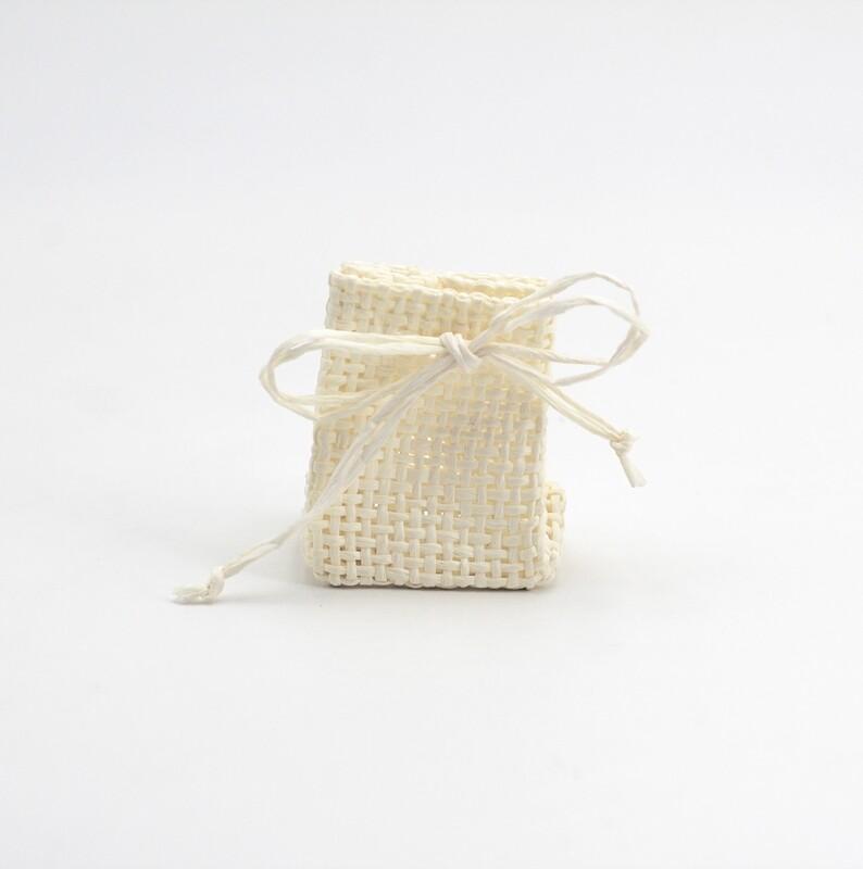 Zainetto portaconfetti piccolo avorio Pz. 23