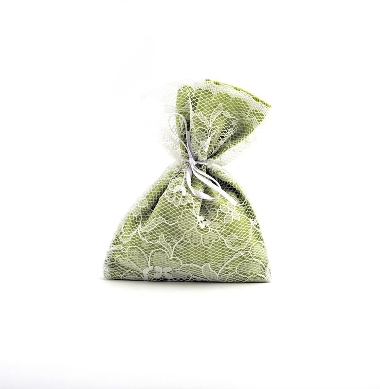 Sacchetto verde con merletto Pz. 25
