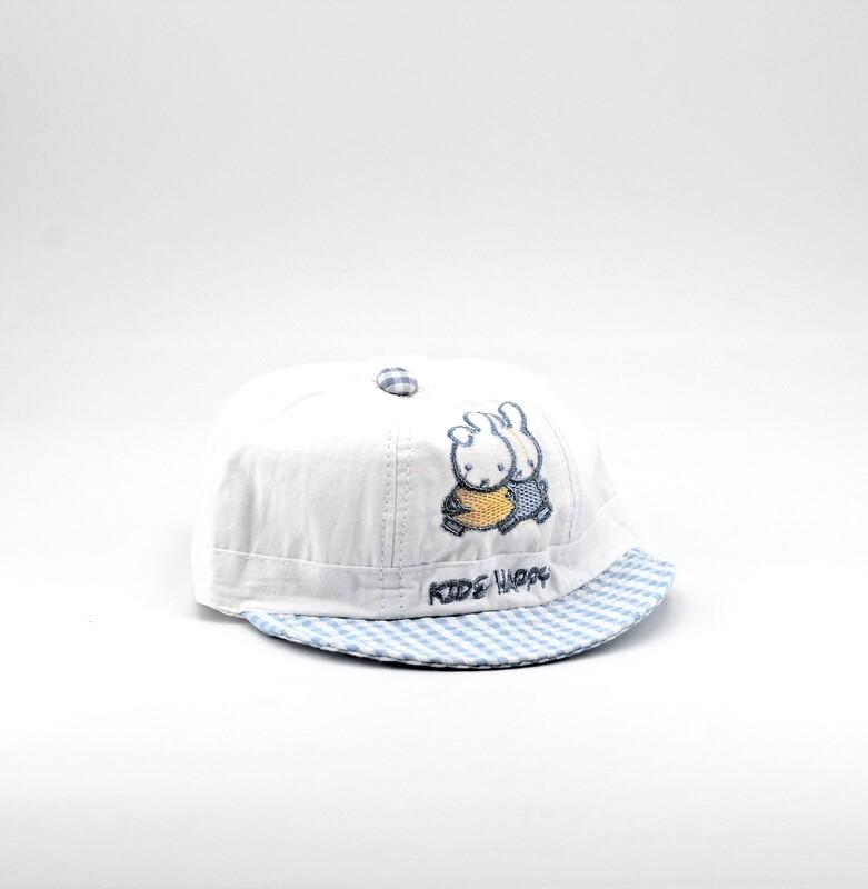 Cappellino in cotone bianco con coniglietti ricamati Pz. 1