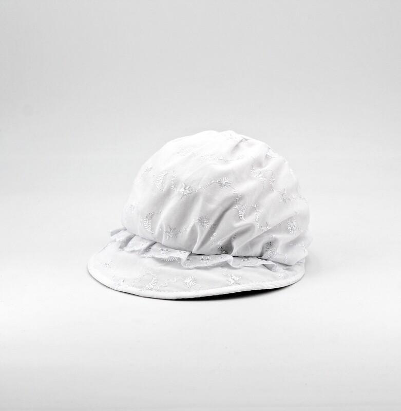 Cappellino in puro cotone bianco con ricami Pz. 1