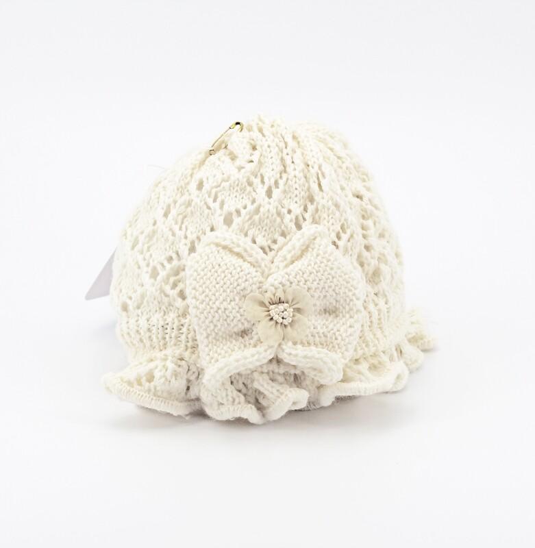 Cappellino in lana merinos bianco con fiocco Pz.1