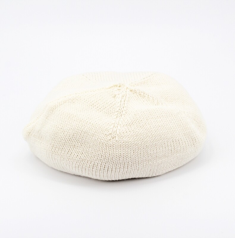Coppola artigianale il lana merinos bianca Pz.1