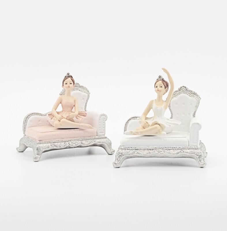 Bomboniera ballerina su sofa Pz. 2