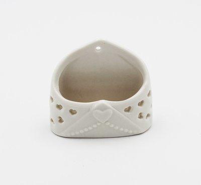 Bomboniera Ilary Queen busta lettera ceramica Pz. 1