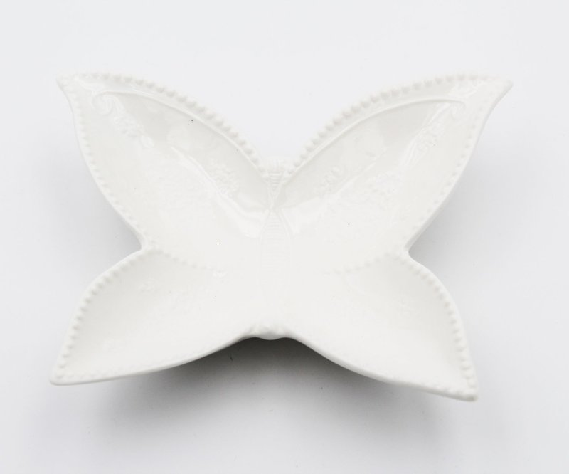 Bomboniera Ilary Queen svuotatasca farfalla Pz.1