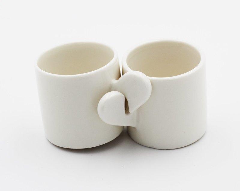 Bomboniera set tazzine cuore in ceramica Pz.1