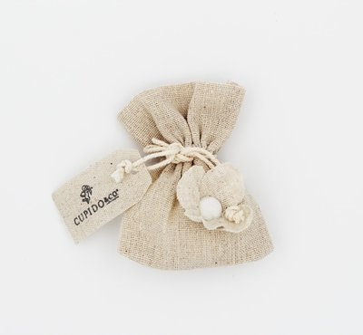 Sacchetto ecrù con fiore + targhetta confezione da 12 pezzi