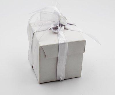 Scatolo pieghevole con coperchio lino bianco confezioni da pz. 25