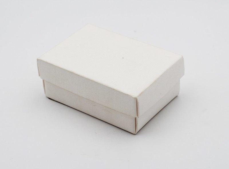 Scatolo f/c seta bianco confezioni da pz. 10