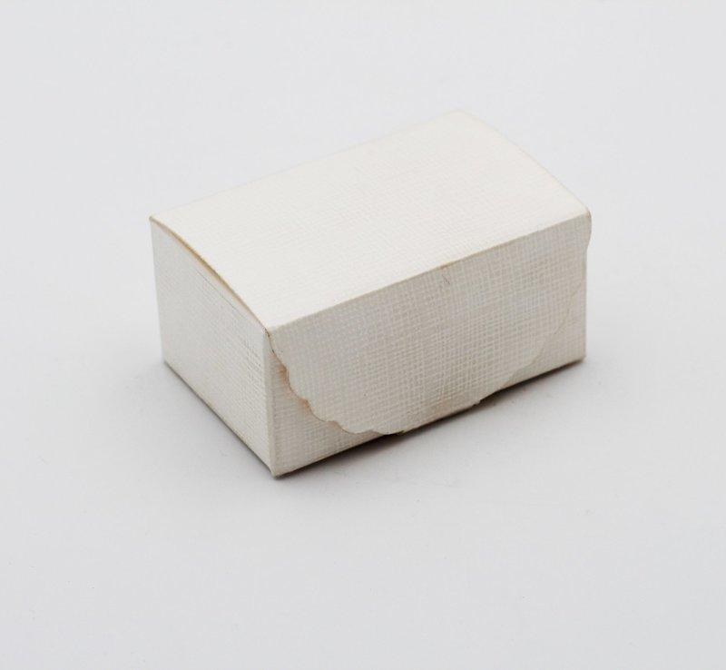 Scatolo segreto seta bianco confezioni da Pz. 10